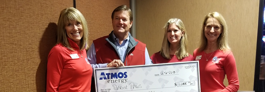 Atmos Energy Donates to Veteran Service Dog Organization